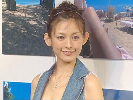 石川亜沙美の画像 p1_30